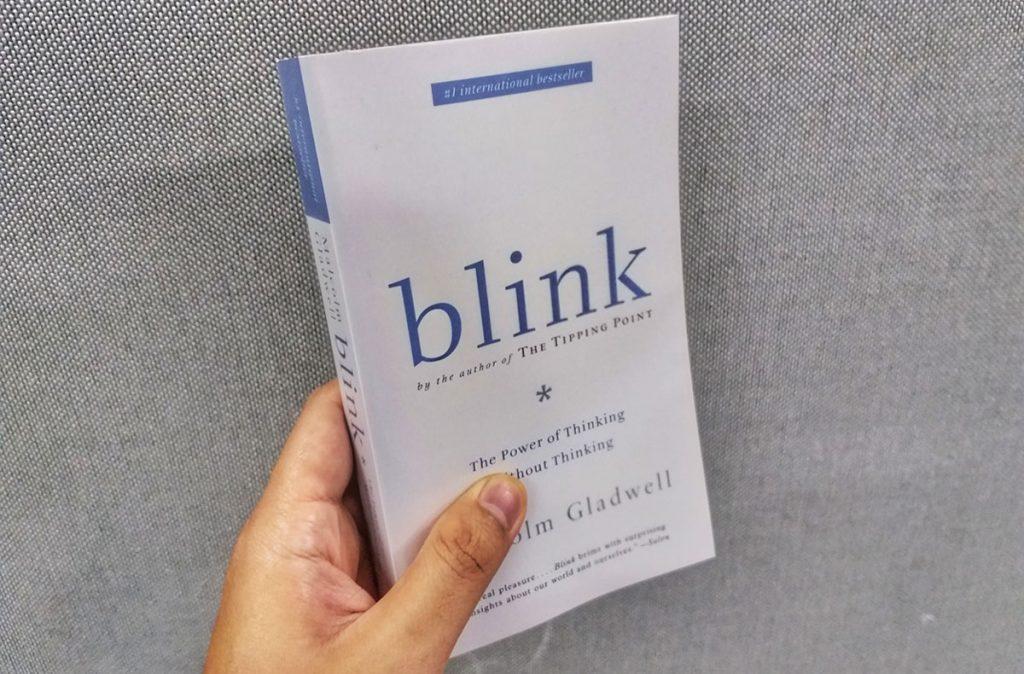ringkasan buku blink